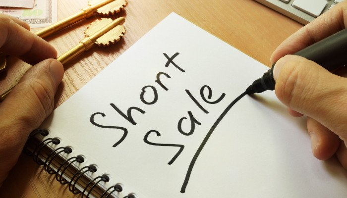 Foreclosure vs. short sales